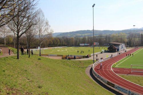 Hessische Meisterschaften im Langstreckenlauf auf der Rhönkampfbahn in Hünfeld